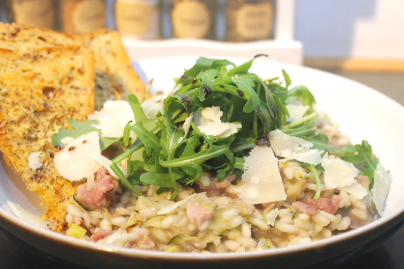 Bacon, Chestnut Mushroom and Leek Risotto with Crispy Garlic Toasts