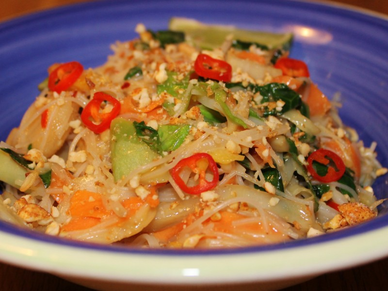 Thai Sweet Chilli and Peanut Stir Fry Vegetables and Rice Noodles