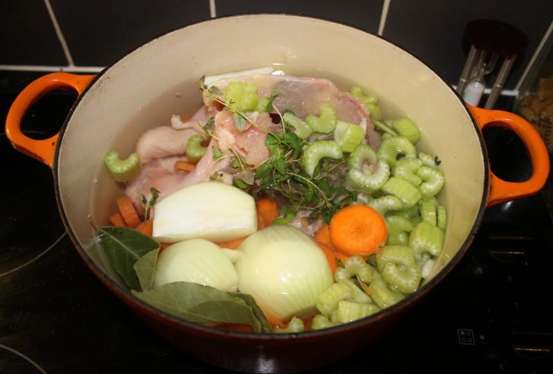 Homemade Chicken Stock