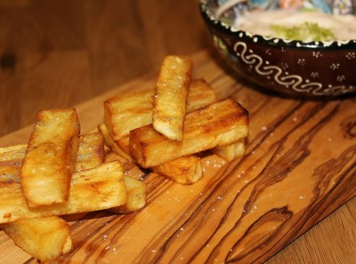 Garlic and Chilli Chips with Chilli and Lime Mayonnaise