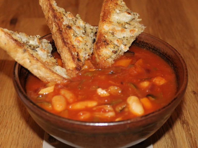 Mediterranean Vegetable and Cannellini Bean Soup