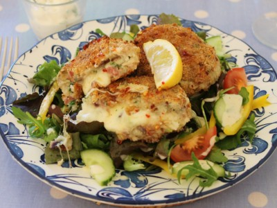The Ultimate Fish Cake – Mozzarella Stuffed Crispy Bacon and Fish Cakes