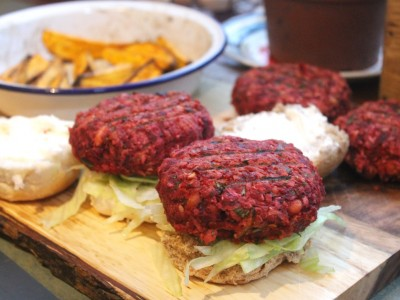 Crunchy Beetroot and Bean Burgers