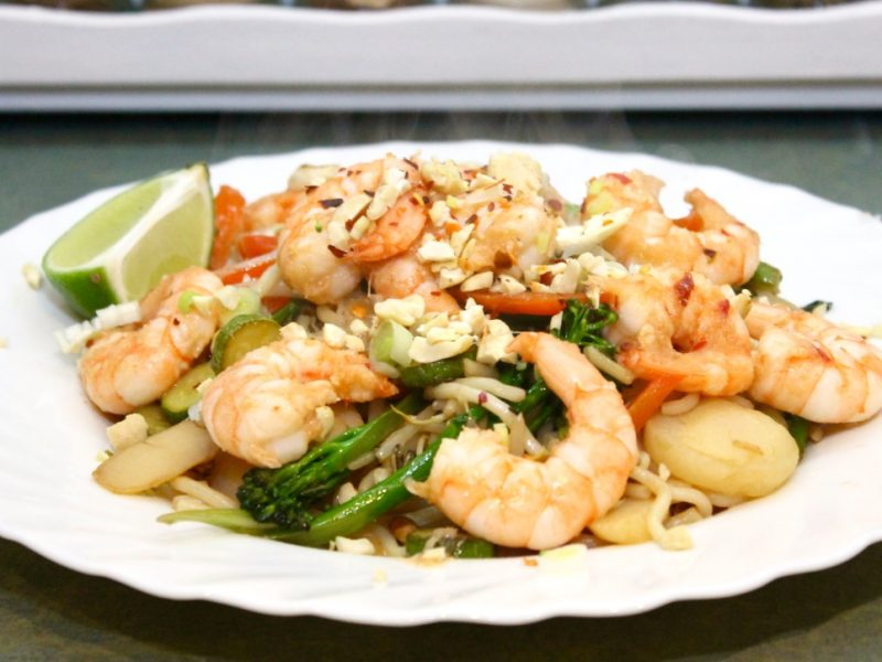 King Prawn Stir Fry with Bean Sprouts and Cashews