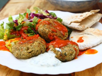 Back with a Bang!! – Syrian Falafel with Chilli Sauce, Minted Yoghurt and a Crunchy Salad